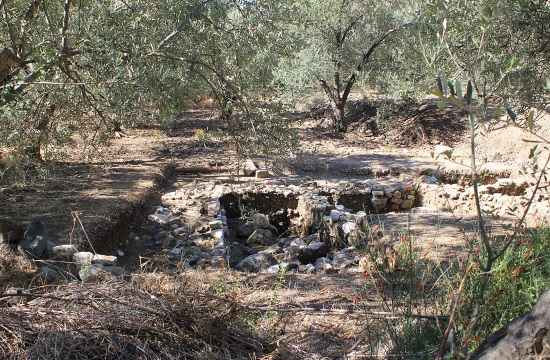 Ancient Greek Pithos Burials discovered in city of Antandros of western Turkey