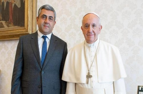 UNWTO head meets Pope Francis marking shared values of religion and tourism