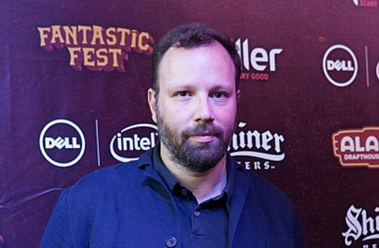 """Yiorgos Lanthimos' """"The Favourite"""" wins record 10 BIFA Film Awards (video)"""
