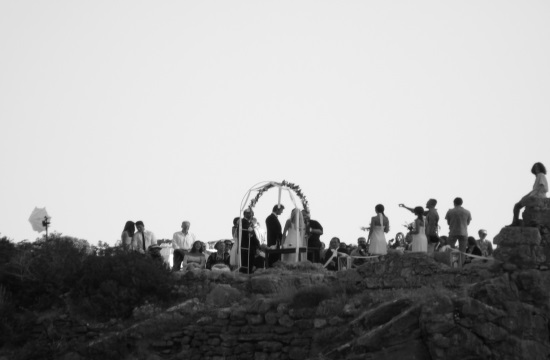 Cretan wedding with 69 Best Men and Maids of Honour and 3500 guests
