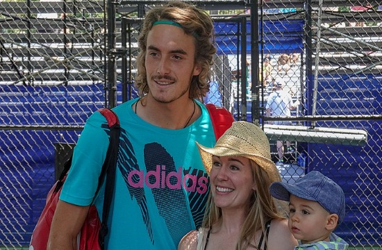 "Greek tennis star Stefanos Tsitsipas has the ""X"" factor (video)"
