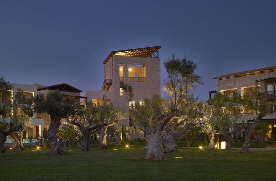 AP: Giannis Antetokounmpo buys luxury villas at Peloponnesian resort in Greece