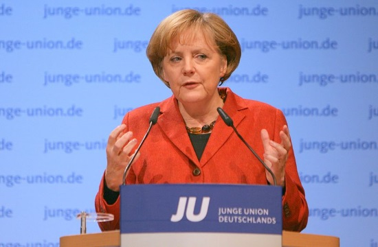 AP: Merkel praises Greek economic turnaround during Athens visit