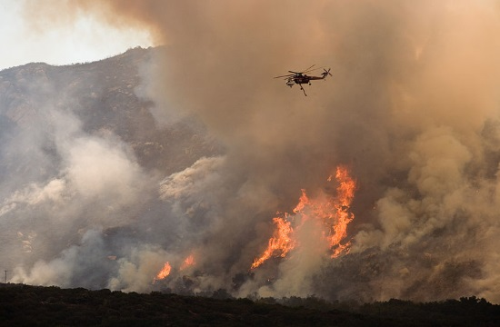 51 forest blazes burning across Greece between Monday and Tuesday
