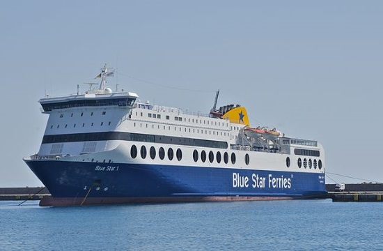 Number of passengers on Greek ferries extended to 60% of capacity