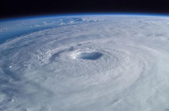 Lethal Hurricane Irma plows into the Florida Keys (videos)