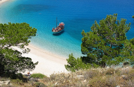 Greek Finance Ministry tenders off use of public beaches