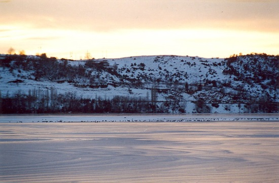 "Northern Greece's wonderful Kastoria lake in all its ""frozen"" splendor"