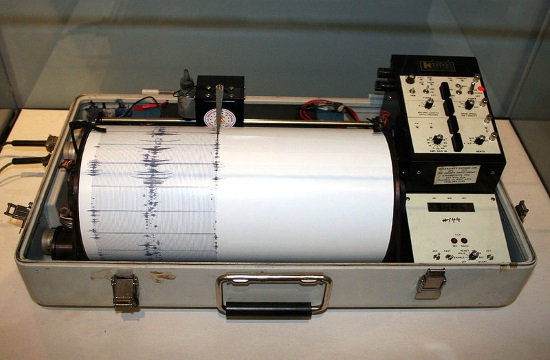 Two earthquakes hit Crete within 10 minutes without causing damage