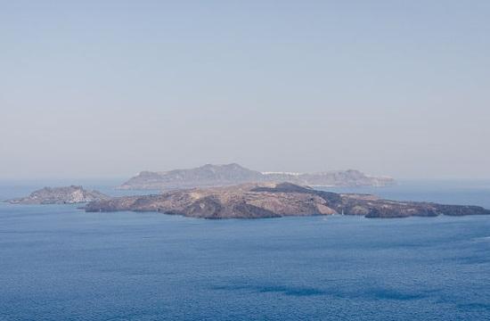 Santorini island excavation unearths Bronze Age settlement