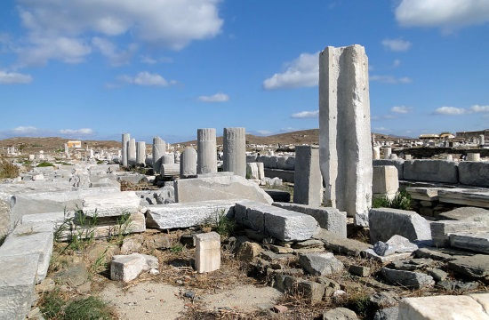 British sculptor's Ironwork reshapes ancient Delos island site in Greece