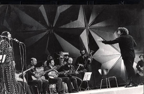 Greek singer Farantouri pays tibute to Theodorakis in Carnegie Hall