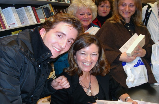 British author Victoria Hislop sworn in as an honorary Greek citizen
