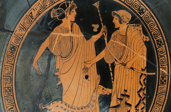 New Year's first Canadian twins named after Greek gods Artemis and Apollo