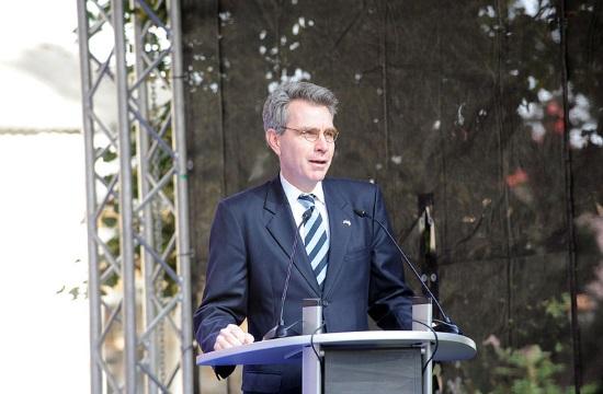 US Ambassador Pyatt promotes Greece to American investors at DC event