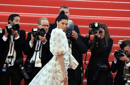 Kendall Jenner and other celebrities spotted in Greek island of Mykonos (video)