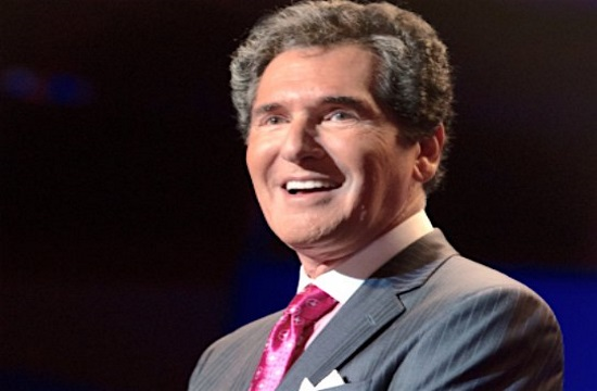 Greek newsman Ernie Anastos to receive achievement award on April 22