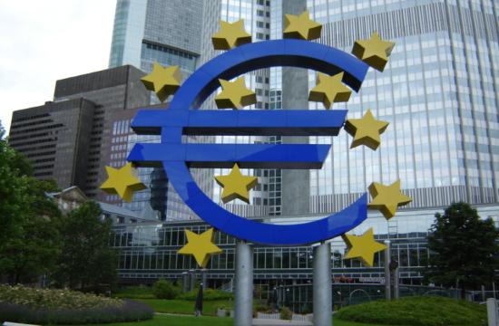 European Central Bank: Greek banks' capital ratios around Eurozone average