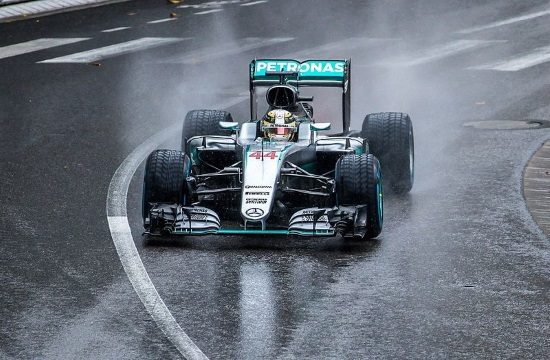 Hamilton wins UK Grand Prix and vindicates decision for holiday to Greece