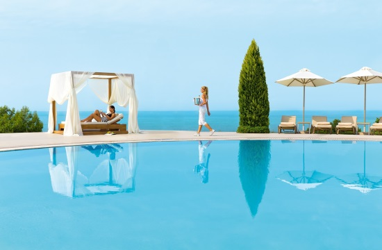 HolidayCheck Awards 2017: The 53 most popular Greek hotels - Ikos Olivia world's top