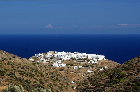 """Festival by """"The Friends of the Greek Islands and the Sea"""" on Sifnos"""