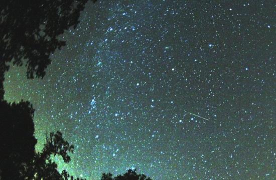 Perseid meteor shower to peak on Greek sky on Monday