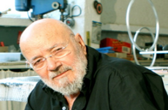 Renowned Greek sculptor Takis passes at the age of 94