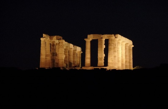 August full moon with partial eclipse over Temple of Poseidon in Sounio (video)