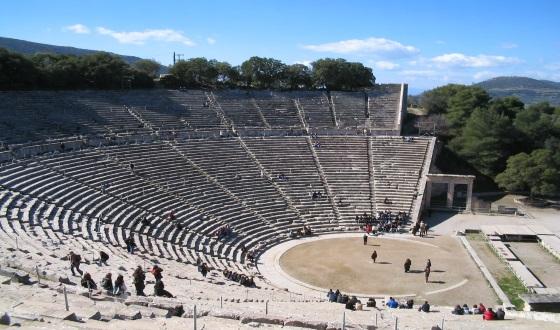 role of women in greek mythology essay