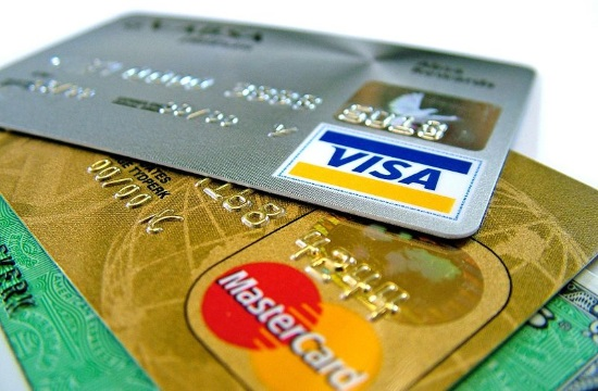 Clear incentives for greater card use in Greece
