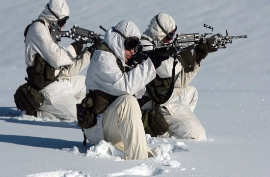 5th Greek Commando unit in combat action during cold weather (video)