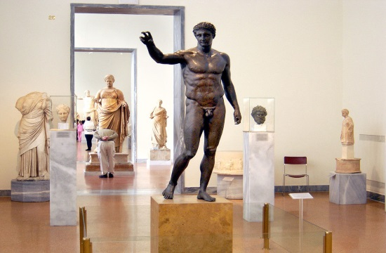 Report: Why Ancient Greek male statues are not very well endowed
