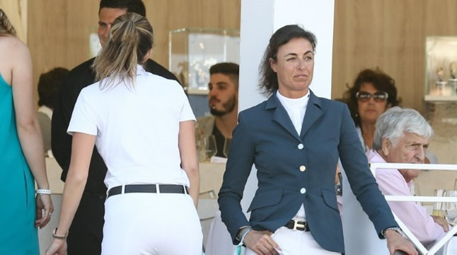 Athina Onassis face to face with third person in her marriage