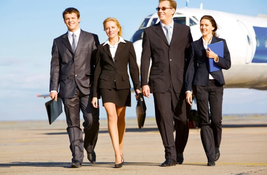 Survey: Travel suppliers fail female business travellers