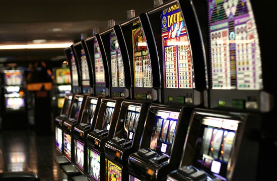 Casinos and Athens municipality file motion to block operation of VLTs