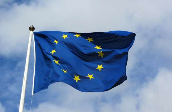 EU welcomes latest austerity-reform package passed by Greek government