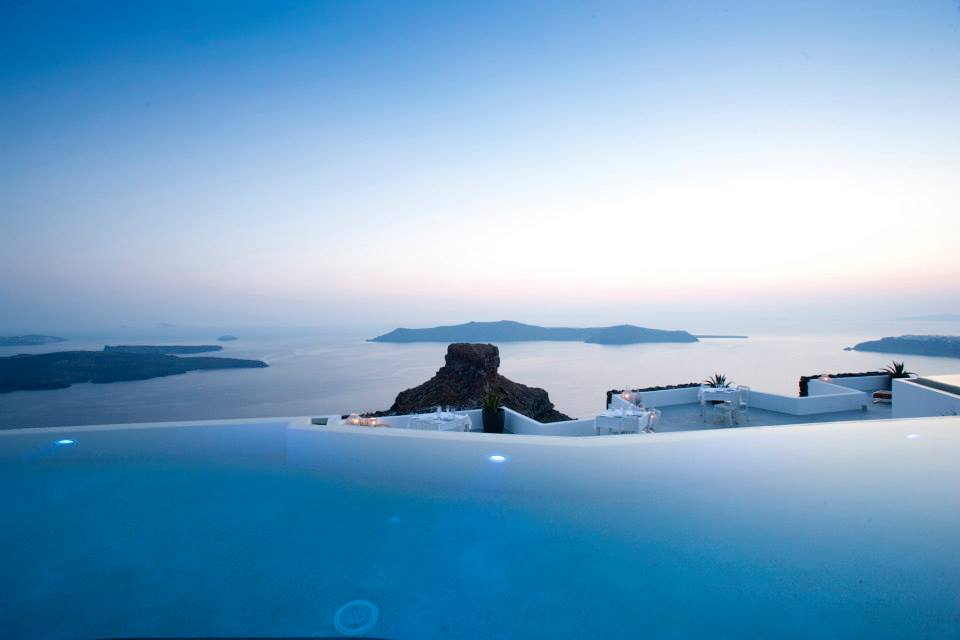 Tornos news daily star the 10 most impressive infinity pools in the world 1 in santorini - Santorini infinity pool ...