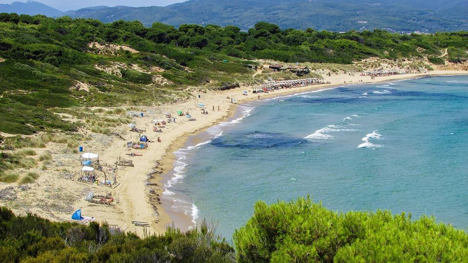 Historic WWII submarine wreck located near Greek island of Skiathos