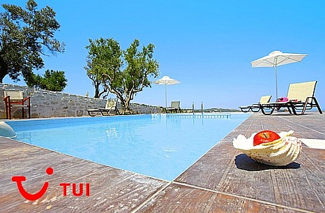 TUI extends program to Greece until November and sees strong demand for 2021
