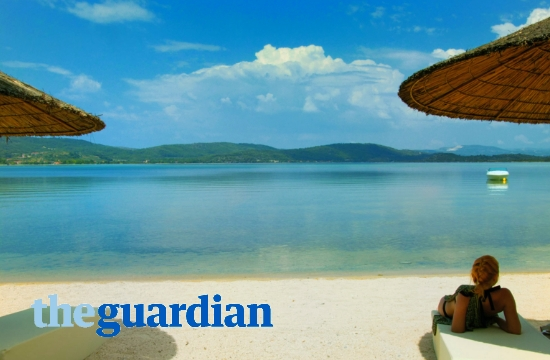 Guardian: Two Chalkidiki hotels in Top-10 family hotels and campsites in Europe