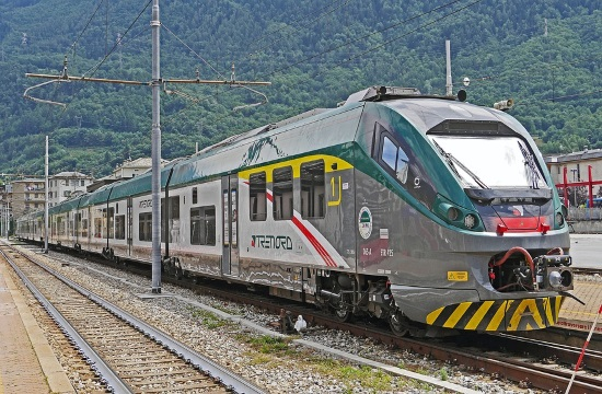Electric trains to begin service across Athens-Thessaloniki line on November 1st