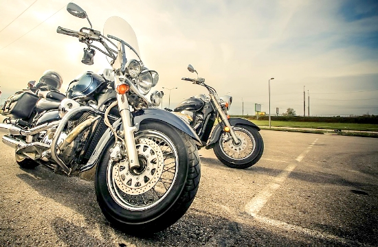 Tax incentives for motorcyclists to buy helmets in Greece