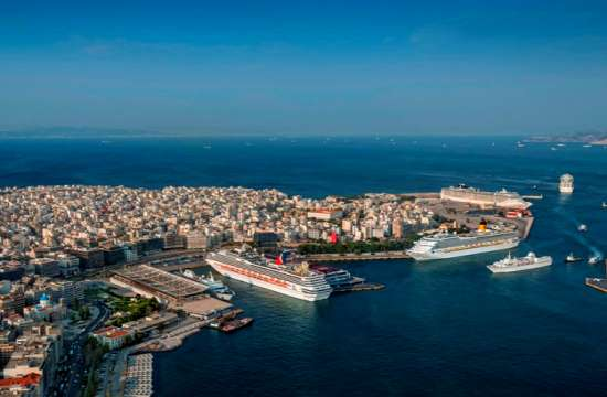 Revised: Ferry boat traffic up by 6,9% this summer in Greece