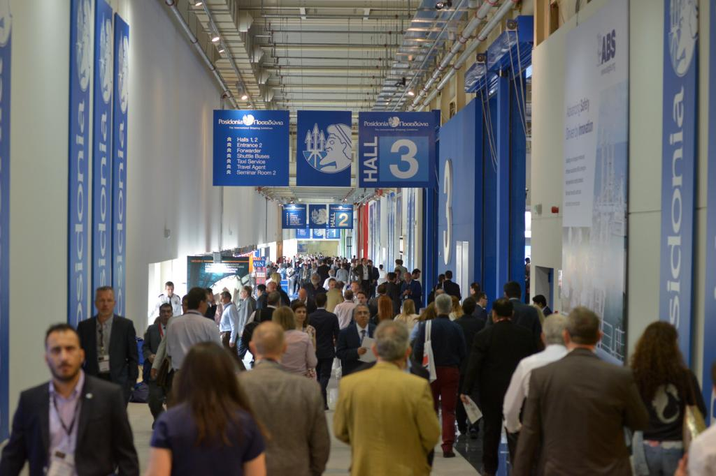 Greek Shipping Minister meets EU official at 'Posidonia 2016' with record visits