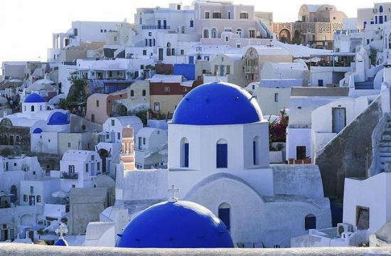 Tourists elect the top 25 attractions & things to do in Greece