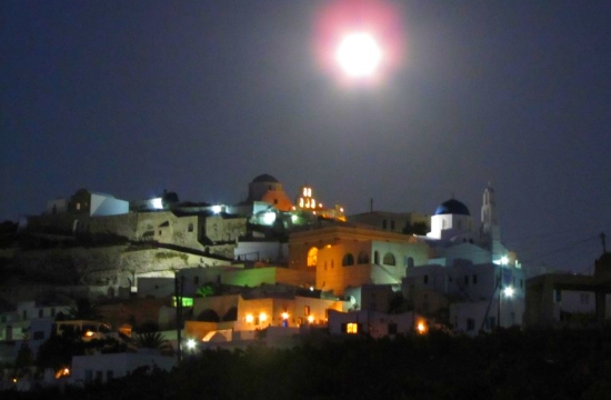 Travel Away  Santorini in 12 best wine-themed attractions in Europe 0f6ad9e31cf