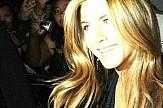 Greek-American actress Jennifer Aniston wins People's Icon Award (video)