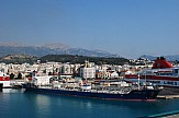 Shipping Minister checks adoption of health protocols at Patras