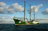 Rainbow Warrior in Greece to boost Greenpeace's campaign on climate change