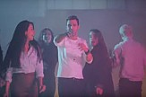 Modern Greek song hits more than 2 million views on Youtube (video)